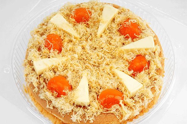 Bánh bông lan trứng muối làm bằng chảo khá dễ thực hiện