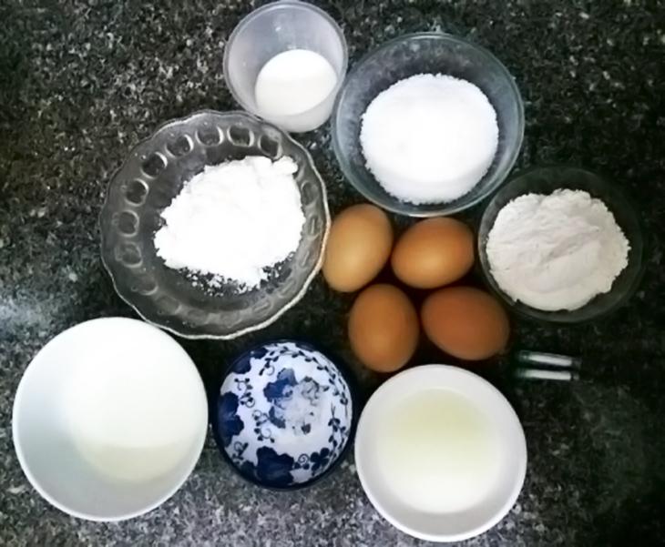 Những nguyên liệu cần chuẩn bị khi <strong>làm bánh bông lan bằng nồi chiên không dầu</strong>