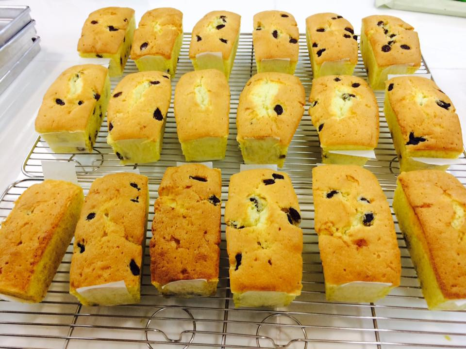 Bánh bông lan nho sau khi hoàn thành phải có độ mềm, xốp với hương vị tuyệt hảo