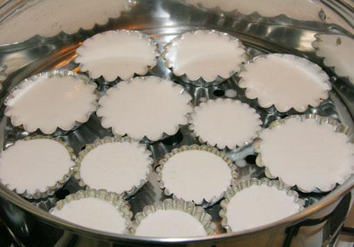 Bột ủ có tạo bọt khí trên bề mặt