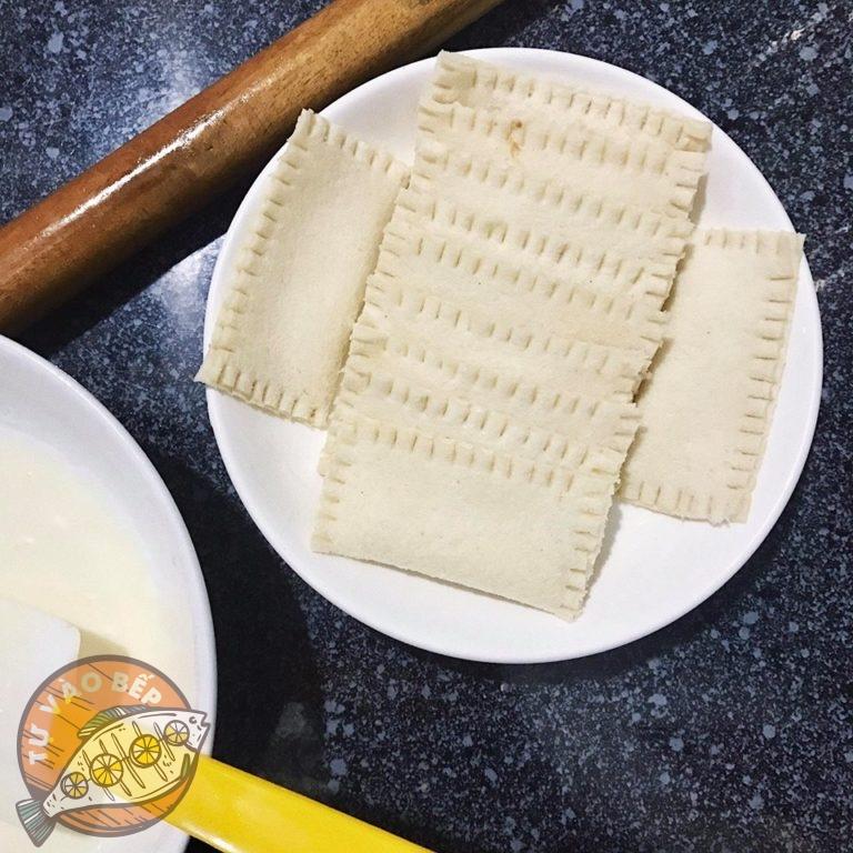 Cán dẹp và làm vỏ bánh mì sandwich