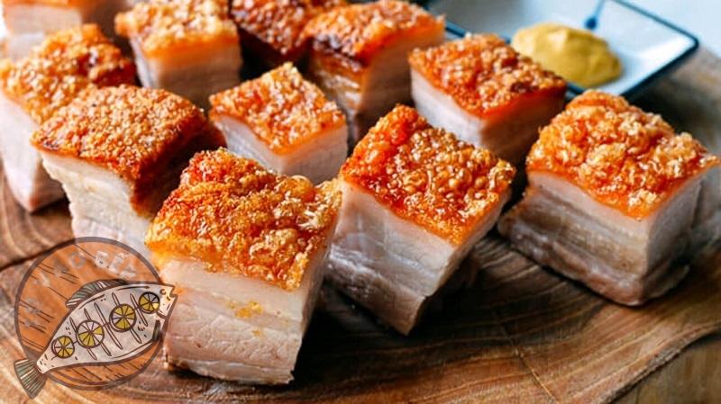 Thịt heo quay được sử dụng để làm nhân viên bột lọc
